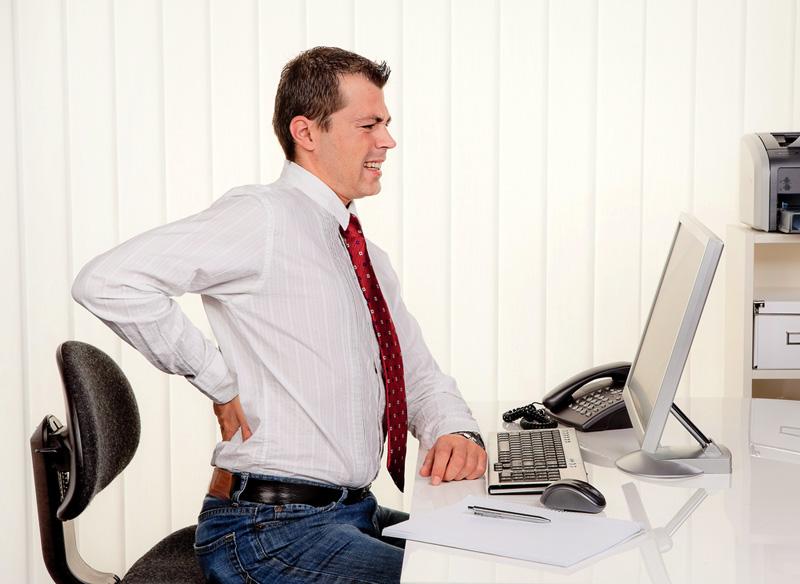 Scaunele si durerile de spate – cum sa stam corect la birou